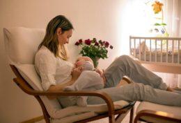 Emzireme sütyeni, emzirme koltuğu ve emzirme yastığı seçiminde nelere dikkat edilir?