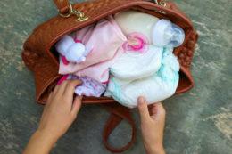 Bebek bakım çantası nasıl hazırlanır? Bebek bakım çantasında neler olmalıdır?