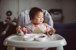 Bebek mama sandalyesi, çocuklar için önemi nedir? alırken nelere dikkat edilmelidir?